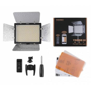 YongNuo LED осветитель YN-300III LED 3200K-5500K