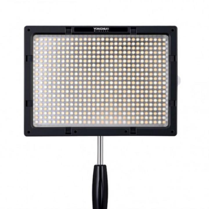 YongNuo YN600S 5500K cветодиодный LED осветитель