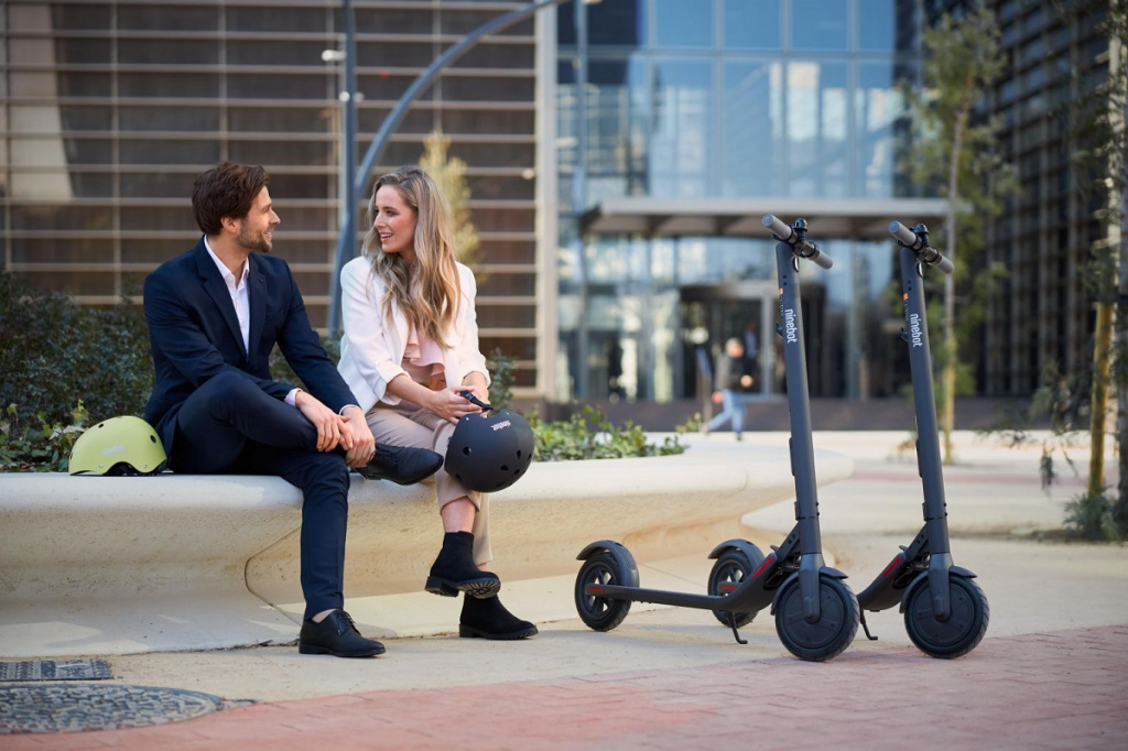 Электросамокат Ninebot KickScooter E22 robot4home.ru