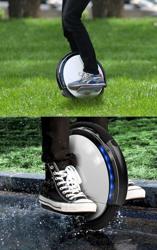 Моноцикл Ninebot by Segway One S2 на газоне и по воде
